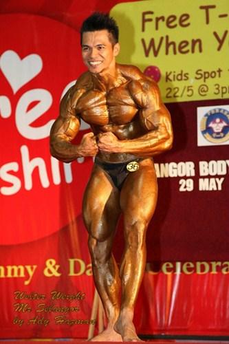 Nazri Pulong Bodybuilder